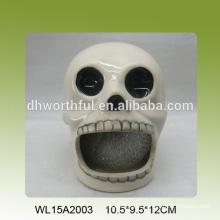 Soporte de esponja de cerámica decorativo en forma de cráneo para cocina