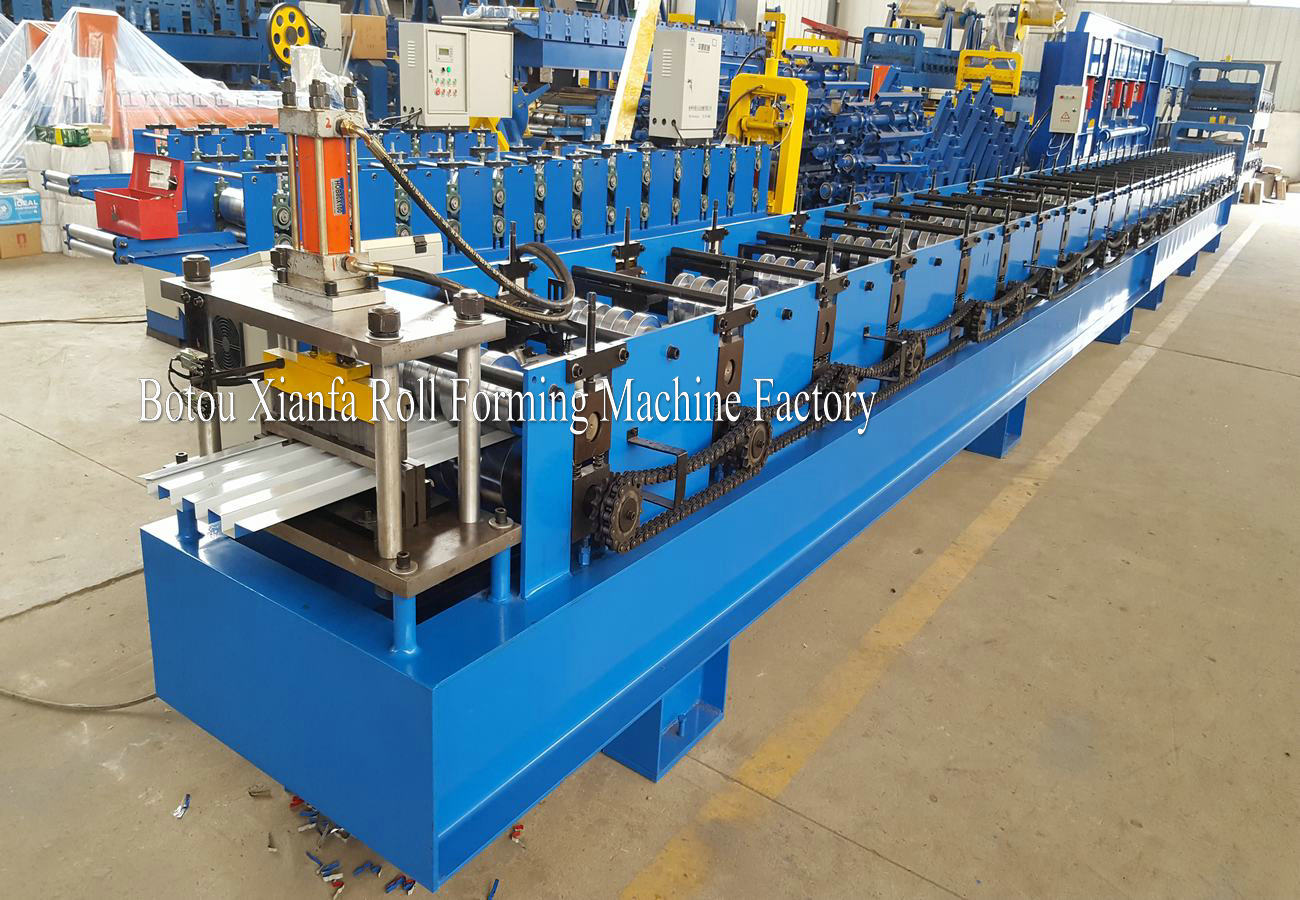 wall panel making machine