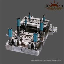 Matrice d'estampage en métal pour terminal de connecteur automobile
