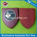 Base de placas de prêmio em madeira com design personalizado