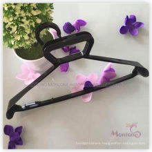 PP Plastic Wedding Dress/Suit Hanger (45*27cm)
