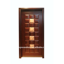 Puerta compuesta de madera maciza