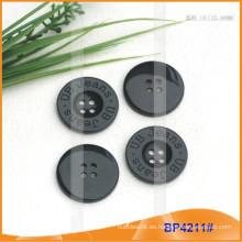 Botón de poliéster / Botón de plástico / Botón de camisa de resina para el escudo BP4211