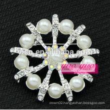 austrian crystal clear pearl brooch pendant
