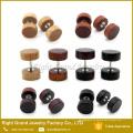 Naturholz, Brown, schwarzer organischer Holzkörper Schmuck Fake Plug