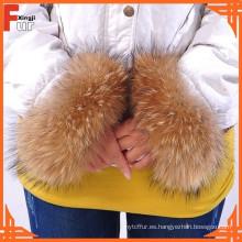 Puño de piel de mapache chino