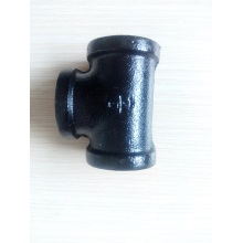 3/4 inch malleable iron black tee
