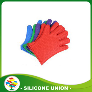 Promotion kitchen silicone insulated gloves
