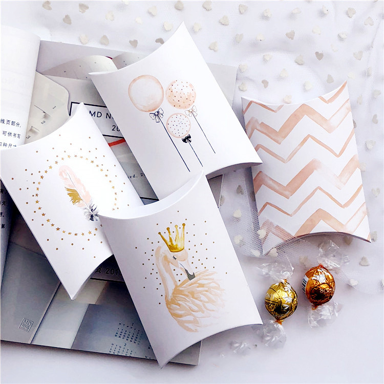 Empty pillow shape candy packaging box