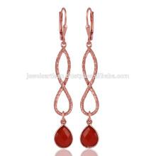 Red Onyx & Ein schönes 18K Rose Gold überzog Ohrringe Leverback Design
