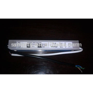 Conducteur mené courant constant dimmable 700mA (15w, 18w, 20w, 30w, 35w)