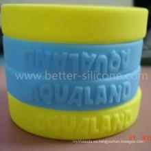 Pulsera de silicona ecológica con elastómero en relieve