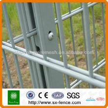 Clôture double fil en PVC à la vente