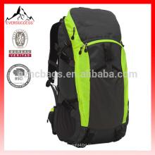 mochila de viaje Ucharge 50L mochila de marco interno Mochila mochila impermeable de deporte al aire libre con una cubierta de lluvia HCB0068
