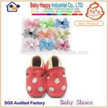 Zapatos de cuero al por mayor del bebé de la novedad de la alta calidad