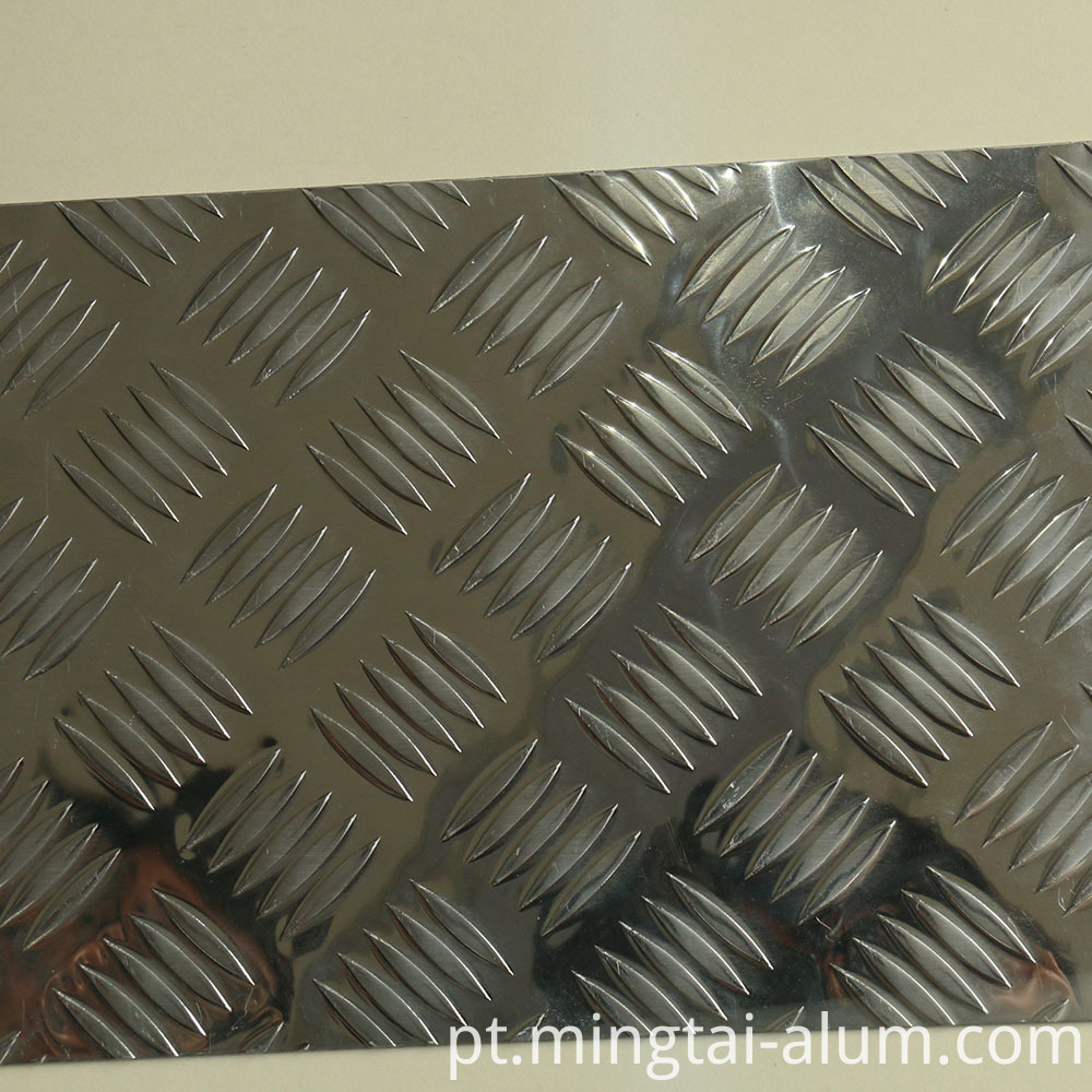 alloy 65032 T6 aluminium chequered sheet of size 3048x 880 x 2.03 mm price india