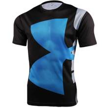 Hommes tendus respirant sport compression fitness