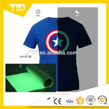 Heat exchange glow in the dark heat transfer printing film for clothing