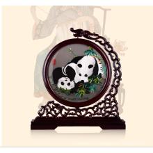 Mano bordada ilustraciones panda