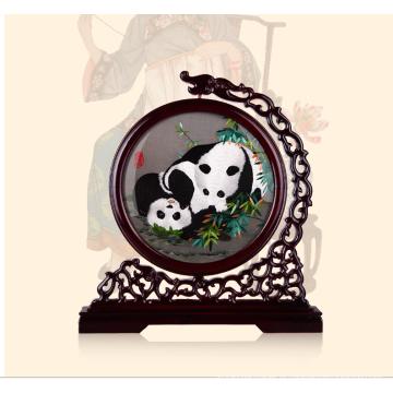 Panda bordada mão da arte finala