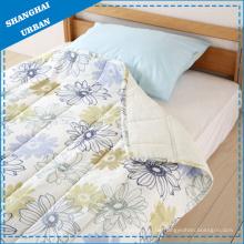 Bettwäsche und Steppdecke aus 100 % Baumwolle