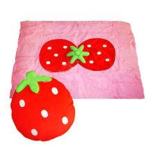 Cojín relleno con almohada, edredón de almohada de fresa