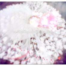 Elegantes modisches weiches reines weißes Blumenprinzessin-Hochzeits-Kleid mit hochwertigem