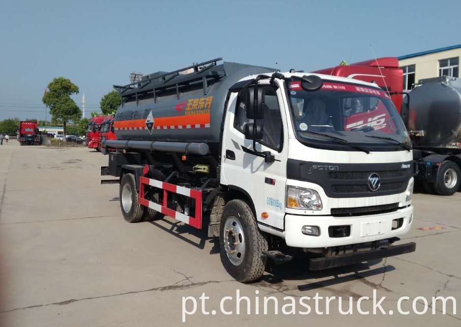 9000 liters chemical tank truck