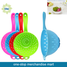 Dollar Items of Plastic Strainers & Colanders