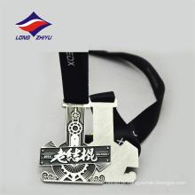 Cor prata pessoal design agradável China fornecedores cor esmalte medalha