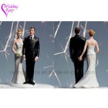 Alta calidad el amor pinch nupcial pareja Figurine caucásico pares boda pastel topper