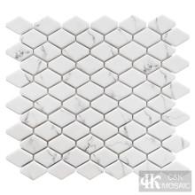 Mosaïque de verre hexagonale allongée d'impression blanche neige
