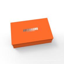 Custom Luxury Collapsible Rigid Black Flap Cardboard Paper Folding Magnetic Closure Gift Box