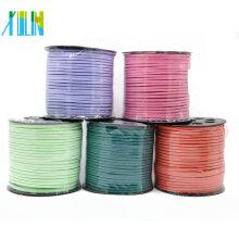 Fabricante del cordón del cuero del ante plano falso de 2.6mm para la fabricación de la joyería, ZYL0001