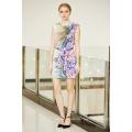 Krawatte Front Drop Schulter Shift Satin Kleid mit Digital Platzierung Floral Print