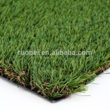 lavanda que ajardina el césped artificial de la hierba para la decoración del jardín