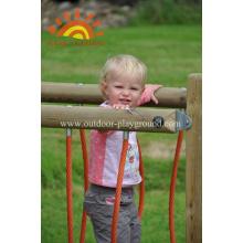 Parque de madeira da ponte das estruturas pequenas de HPL para a criança