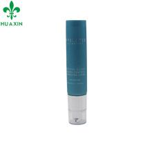 tubo de plástico com tampa de bomba para produtos de cuidados da pele