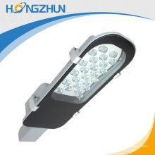 CE et RoHS Traffic Street Light Pole 30w led 2900 lumen aluminium de bonne qualité