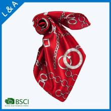 Écharpe en écharpe en polyester satiné en écharpe rouge Écharpe Little Square