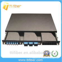 1U 19'Rack montó el panel de remiendo de la fibra del montaje del estante para 3pcs MPO Casetes