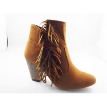 Nuevo estilo de moda Chunk Heel Boots (HCY03-119)