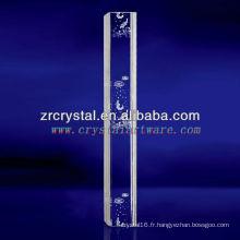 Cristal gravé par laser de poissons de K9 3D avec la forme de pilier