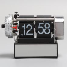 Relógio Flip Pequeno Preto com Alarme
