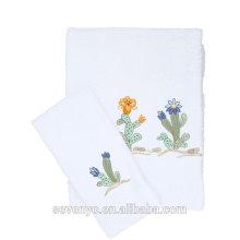 La toalla bordada de lujo del cactus del fabricante de China fijó HTS-127 al por mayor