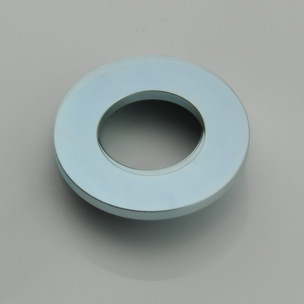 Ring countersunk magnet