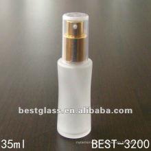 bouteille de parfum en verre avec bouchon en plastique