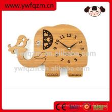Reloj colgante de madera animal lindo divertido