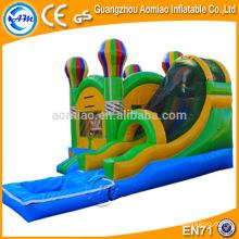 Atractivo juego inflable al aire libre / interior inflable castillo hinchable con tobogán de agua