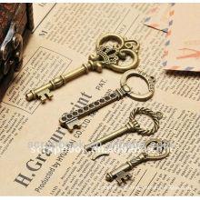 Pingente de forma metal decoração antigo charme/chave